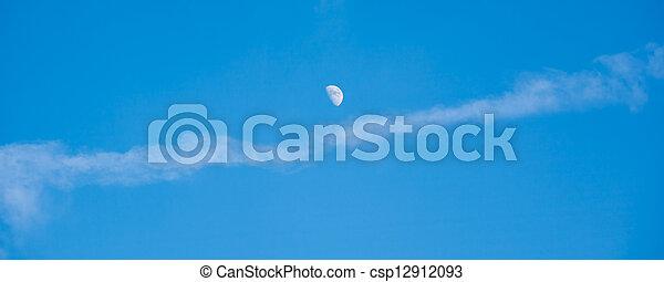 blauer himmel, mond - csp12912093