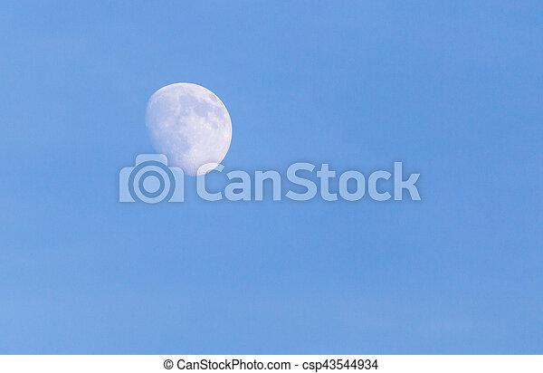 blauer himmel, mond - csp43544934
