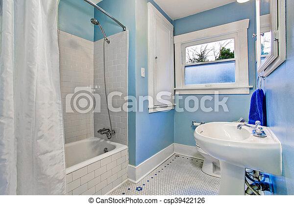 Blaues, badezimmer, licht, bad, dusche, töne,... Stockfoto - Bilder ...