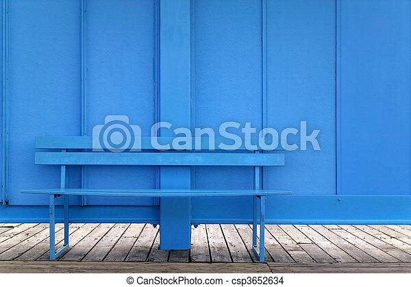 Blaue Bank - csp3652634