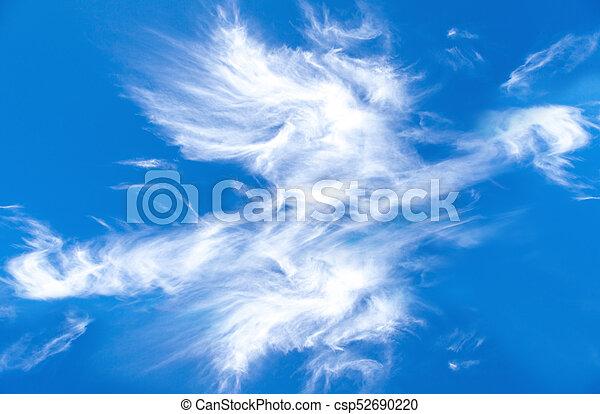 blaues, fruehjahr, wolkenhimmel, himmelsgewölbe - csp52690220
