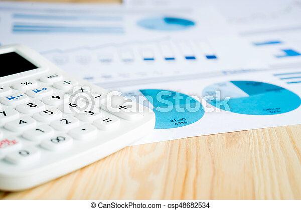 blaues, schaubilder, taschenrechner, papier, weißes - csp48682534