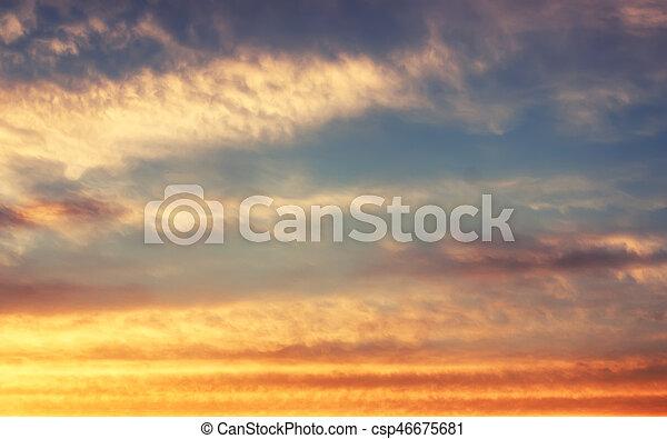 blaues, sonnenuntergangshimmel, weich, wolke - csp46675681