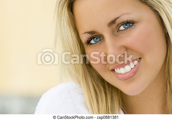 blaues, weiße zähne, augenpaar - csp0881381