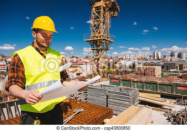 blauwdruken, de arbeider van de bouw - csp43800850