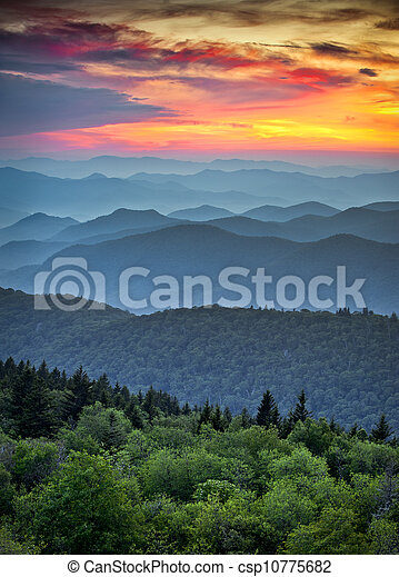 blauwe bergen, groot, kam, lagen, landschap, nationaal park, ondergaande zon , ribbels, appalachian, rokerig, snelweg, op, landscape - csp10775682