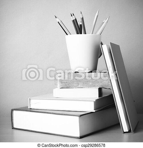 Bleistift, stil, ton, farbe, buch, schwarz, weißes, stapel.... Bild ...