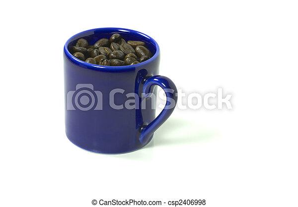 bleu, café, entiers, isolé, inclut, grande tasse, haricots, coupure, blanc, sentier - csp2406998