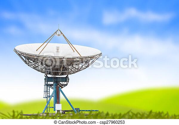 bleu, satellite, antenne, grand ciel, radar, fond, plat, herbe, taille - csp27960253