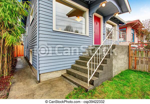 Bleu Taille Porte Classique Maison Américain Extérieur Devant Rouges