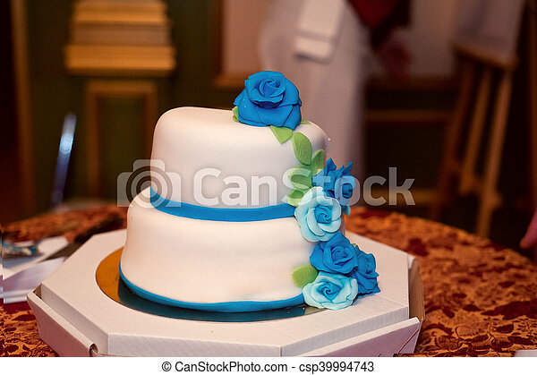 Bleu Turquoise Roses Gâteau Mariage Blanc Glaçage