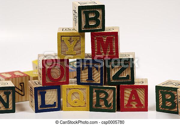 Block Pyramid - csp0005780