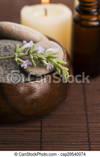 bloemen, essentiële olie, lavendel - csp29540074