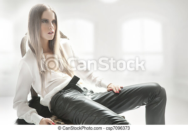 Blond beauty posing - csp7096373