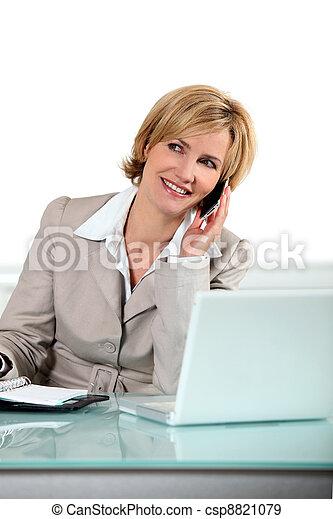 blond, femme, informatique, téléphone - csp8821079