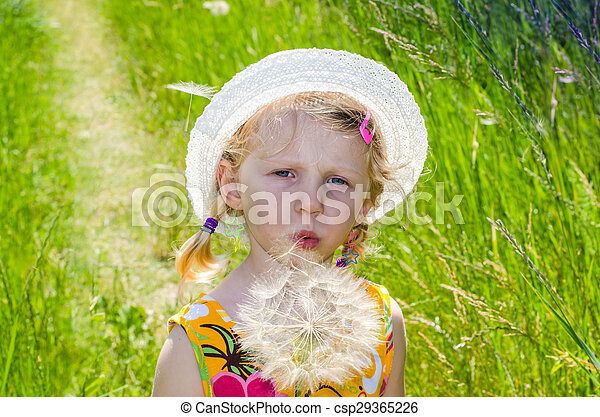 blond girl in hat and flower - csp29365226