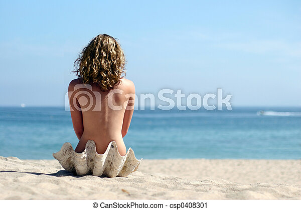 Blond girl on beach - csp0408301