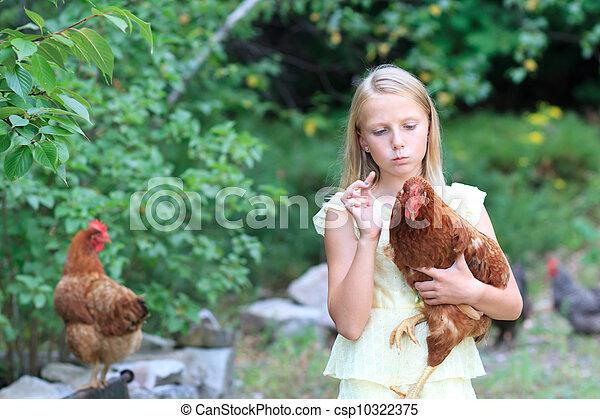 blond, girl, poulets, jardin - csp10322375