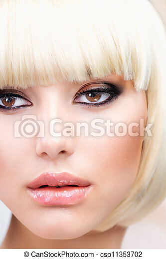 Blond Hair. Beautiful Girl with Healthy Short Hair  - csp11353702