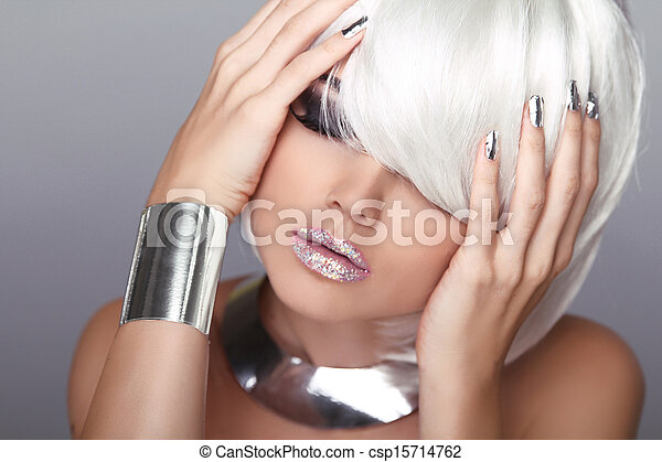 Blond Woman. Sexy beauty girl portrait. Lips. Fashion Haircut. Hairstyle. Stylish Fringe. Short Hair Style - csp15714762
