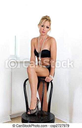 Hottest blonde teen in bikini
