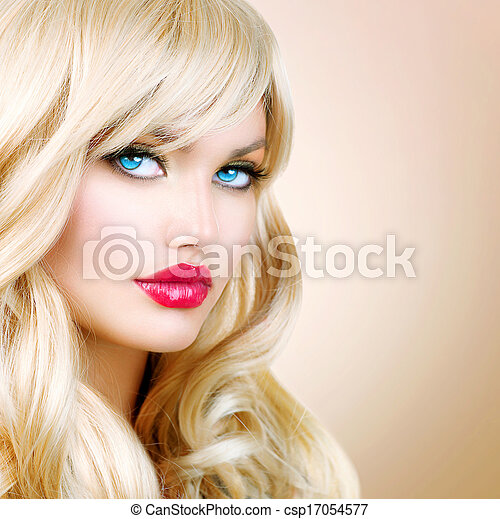 Blonde Woman Portrait. Beautiful Blond Girl with Long Wavy Hair - csp17054577