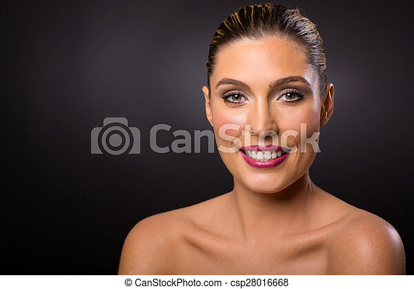 blonde woman with healthy skin - csp28016668