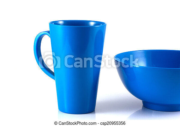 Blue disk and green cup isolate - csp20955356