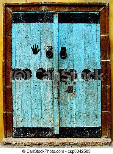 Blue door - csp0042503