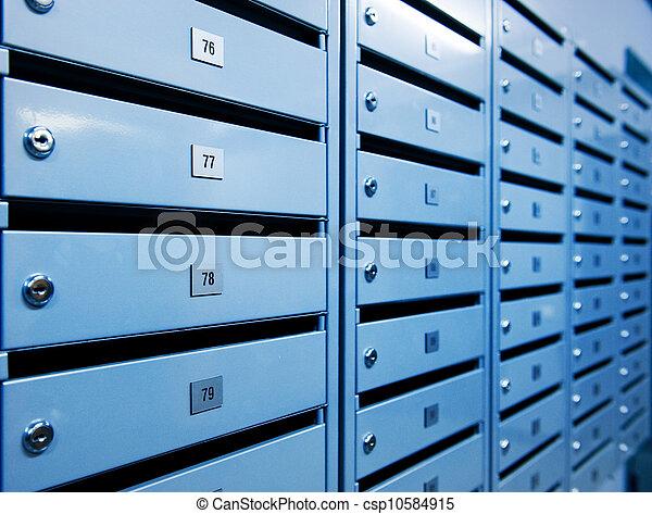 Cajas postales de metal - csp10584915