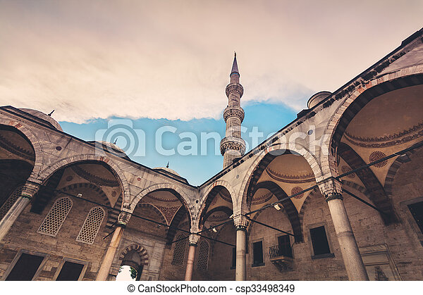 Blue Mosque in Istanbul. Sunset time - csp33498349