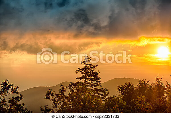 Blue Ridge Parkway Autumn Sunset over Appalachian Mountains  - csp22331733