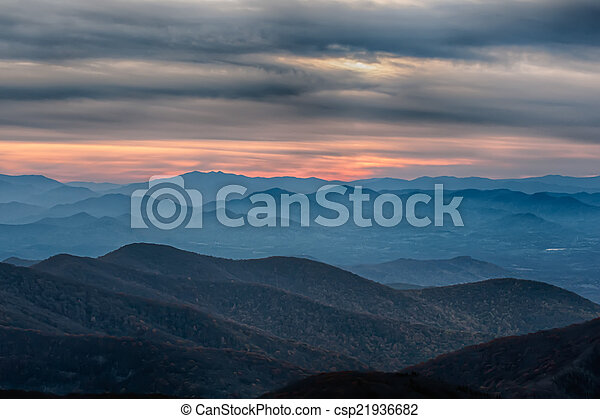 Blue Ridge Parkway National Park Sunset Scenic Mountains - csp21936682