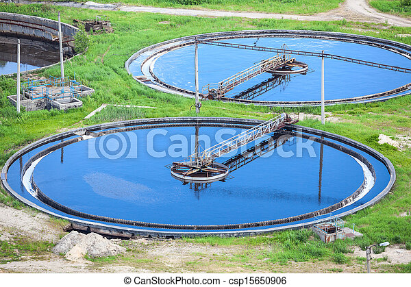 Blue water in an industrial wastewater treatment circular settlers - csp15650906