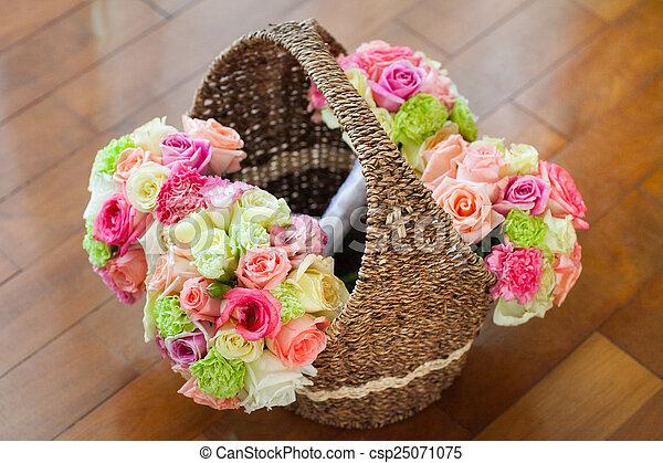 blumengebinde, wedding - csp25071075