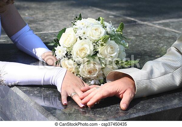 blumengebinde, wedding - csp37450435