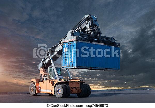 boîte, maniement, récipient, élévateur - csp74546873
