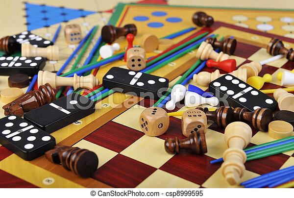 Board games - csp8999595