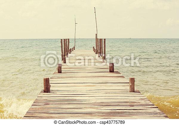 Boardwalk on the beach - csp43775789