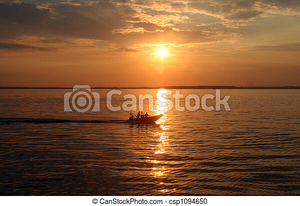 boat in the sunset - csp1094650