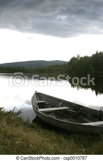 Boat on the Lake - csp0010787