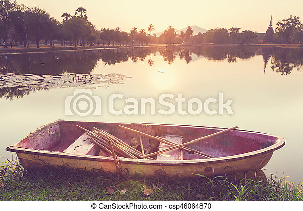 Boat on the lake - csp46064870