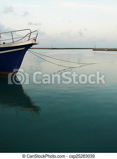 boat - csp25283039