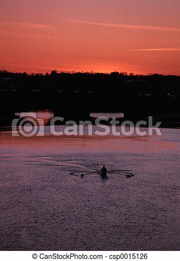 boat sunset - csp0015126