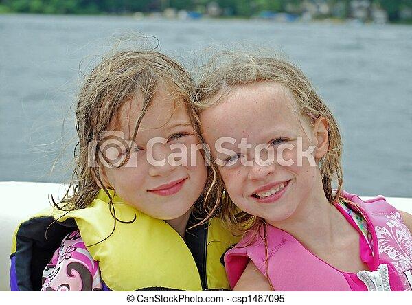 boating, camaradas - csp1487095