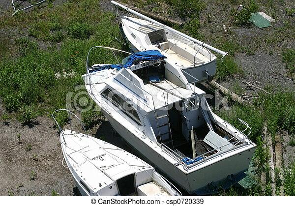 Boats on shore - csp0720339