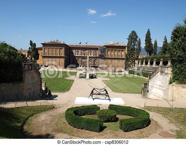 Boboli Gardens Amphitheatre and palazzo Pitti - Florence, Tuscany - csp8306012