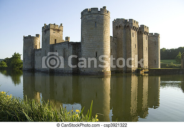 Bodiam Castle reflected in moat - csp3921322