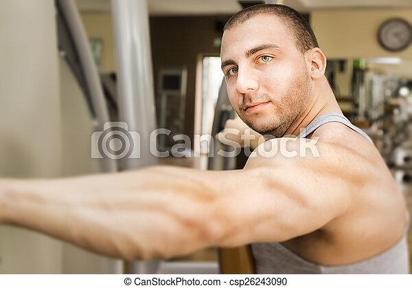 bodybuilding man - csp26243090