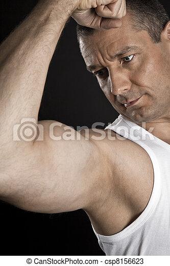 bodybuilding man - csp8156623